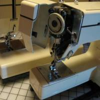 Kenmore :158.10600 (Sewing Machine) by poplin
