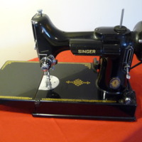 Singer :221 (Sewing Machine) by lisalu