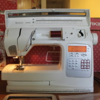 Viking :950E (Sewing Machine) by QGVB