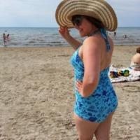Closet Case Files: Bombshell Swimsuit by CameoOfKarina