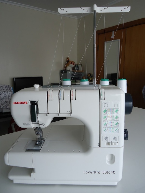 Janome CoverPro 1000CPX Coverstitch Machine review by thecuriouskiwi