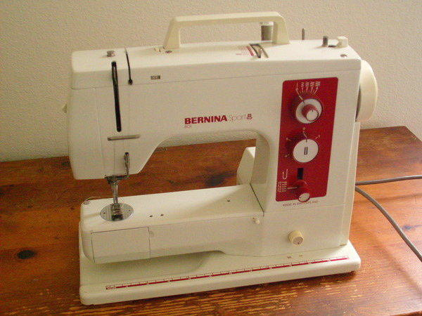 Sewing Machine Reviews And Serger Reviews Cool Bernina 180e Sewing Embroidery Machine