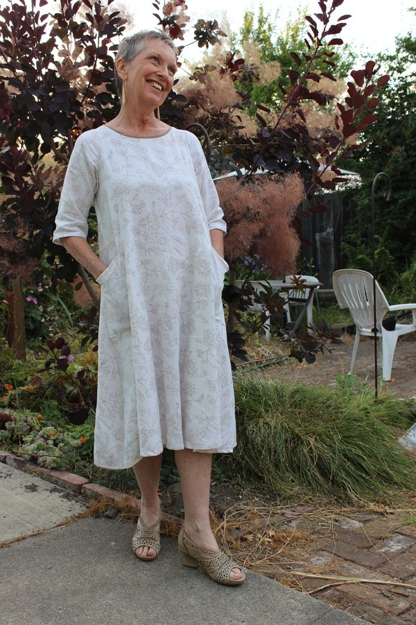 89bfe83512 Tessuti Lily Linen Dress pattern review by JillyBe