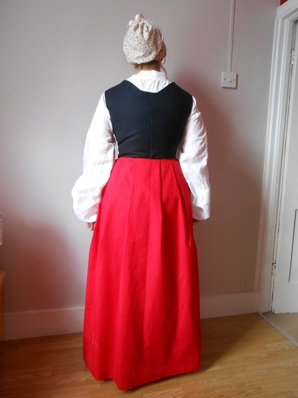 Other Tudor Kirtle/Petticoat pattern review by LDT2011