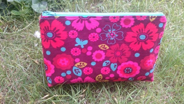 So Sew Easy Easy Cosmetics Bag pattern review by Mangosteen25 916fef20f50a2