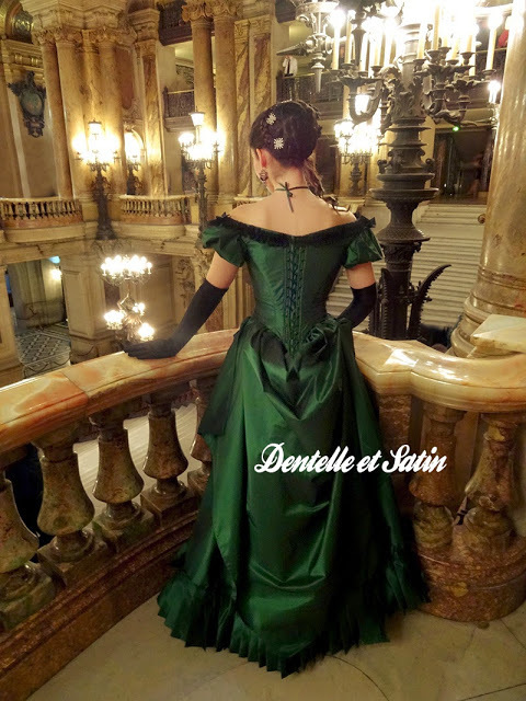 Truly Victorian 1860s Ballgown Bodice TV442 pattern review by