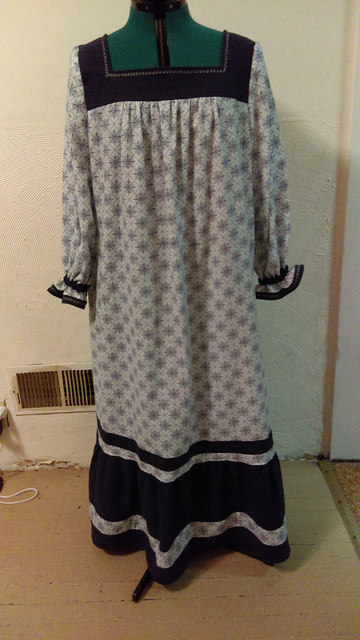 aaec8d48d1 Member Reviews for Simplicity Misses  nightgown 4048