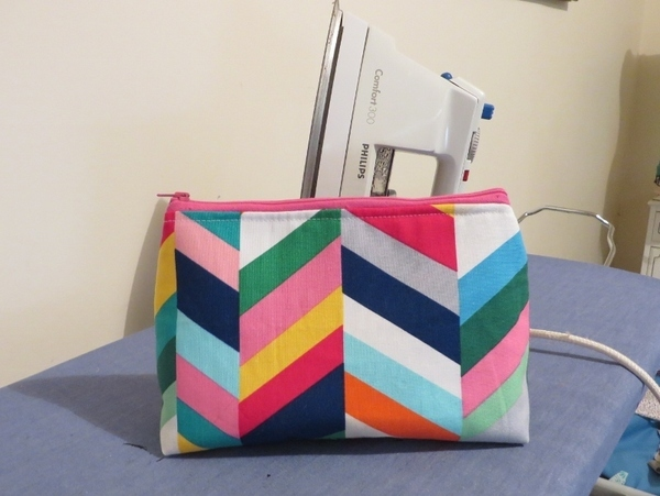 So Sew Easy Easy Cosmetics Bag pattern review by Kiwirose 65ddf01a22405
