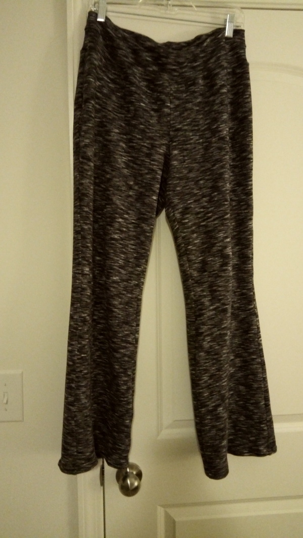 83e91eec08732 Jalie Yoga pants and shorts 3022 pattern review by Wifey888