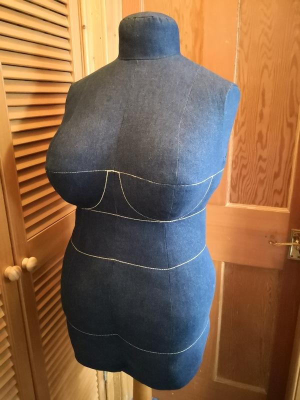 Bootstrap Fashion 89245 Diy Dress Form Plus Size
